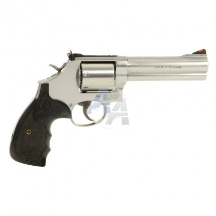Smith & Wesson modèle 686 Plus 3-5-7 Series 5""