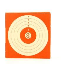100 cibles rouges, dimensions 10x10 cm